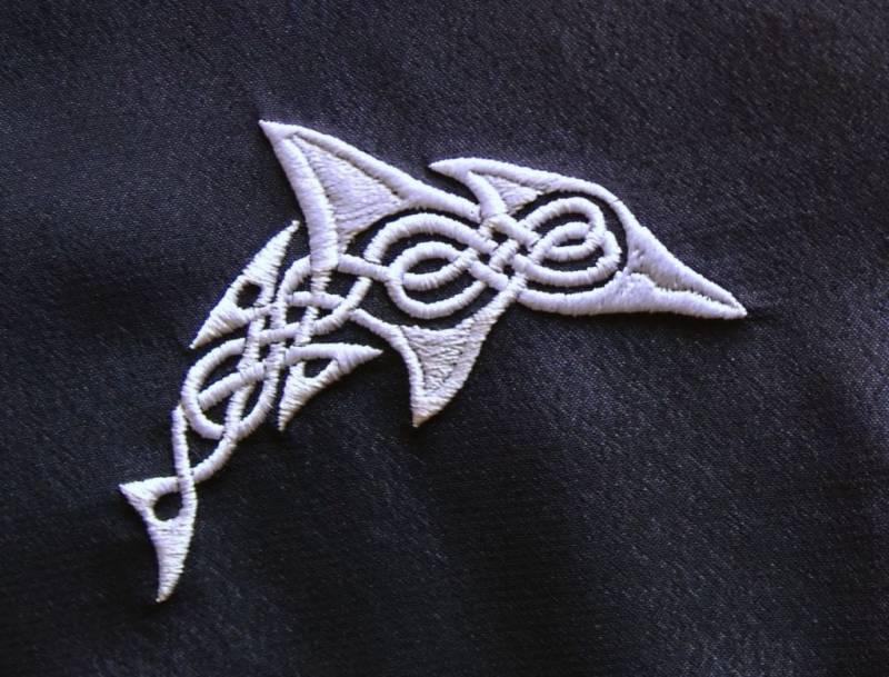 Dolphin celtic