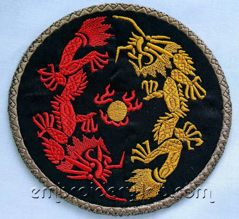 Two Dragons Coaster 0001