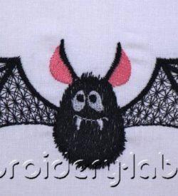 Large Bat 0002