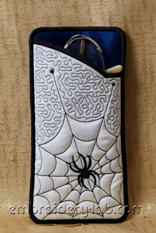 Eyeglass Case Spider 0002