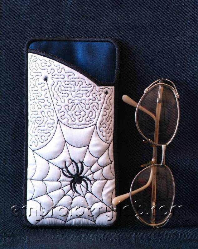 Eyeglass Case Spider 0002