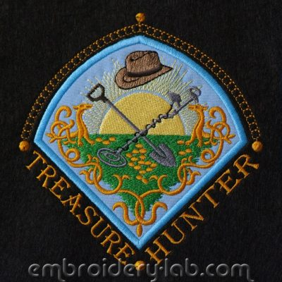 Treasure Hunter Emblem 0002